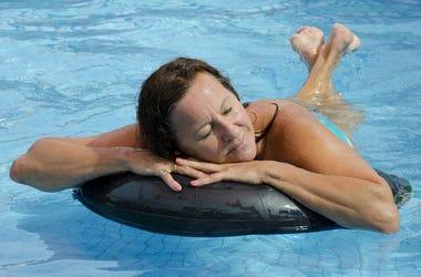 Sleeping_pool