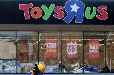 Toys R Us Closing Sale