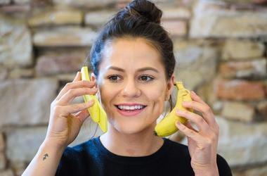 The new 'banana' Nokia 8110
