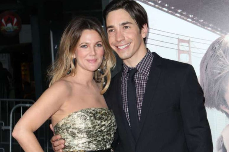 """23 August 2010 - Hollywood, CA - Actors Drew Barrymore and Justin Long arrive at the premiere of """"Going the Distance"""" in Hollywood, California."""