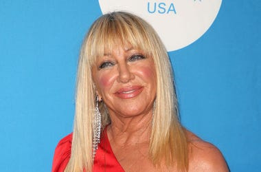 Suzanne Somers, Red Carpet, UNICEF Ball Los Angeles, Red Dress, 2018