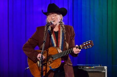 Willie Nelson, Performing, 51st Annual CMA Awards, 2019