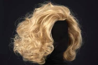 blonde_wig