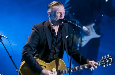 Bryan Adams, Concert, Guitar, Singing, Invictus Games Closing Ceremony, 2017