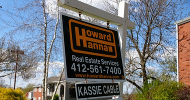 Pending home sales plunged 21.8% in April on a monthly basis