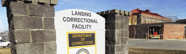 File photo shows the exterior of the Lansing Correctional Center in Lansing, Kan.