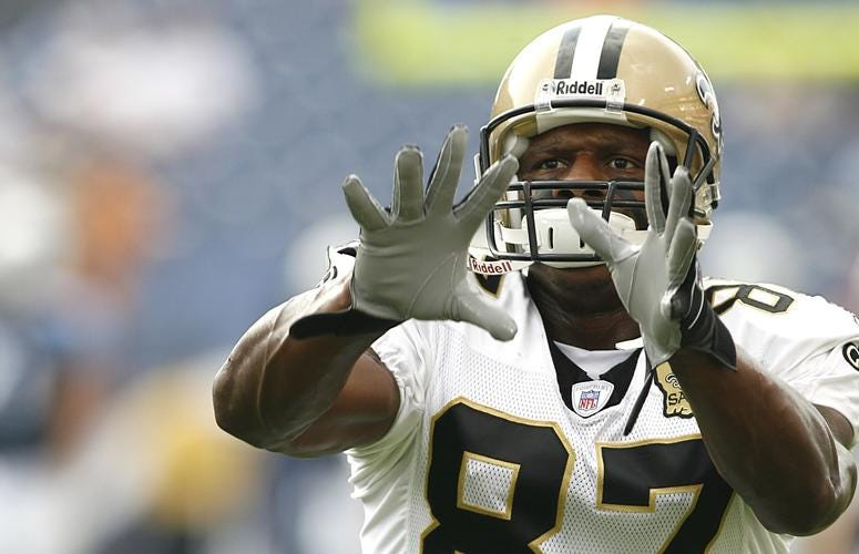 Joe Horn warms up before a game with the New Orleans Saints
