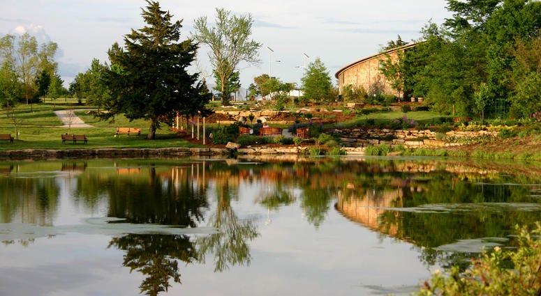 Scenic view of the Overland Park Arboretum