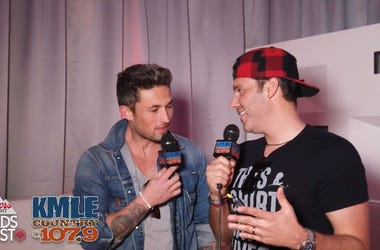 Michael Ray at the Coors Light Birds Nest 2019
