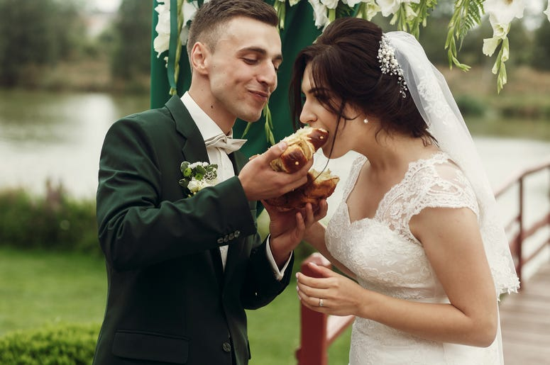 Portillo's maple grove, Portillo's, Portillo's catering, portillo's wedding catering, portillo's engagement photo shoot