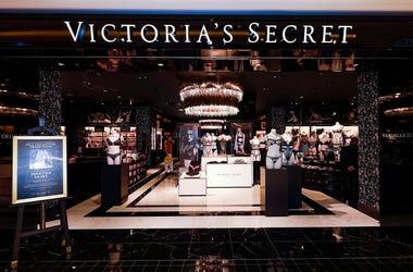 Victoria Secret, Bath and Body Works, Victoria Secret closing 250 stores, Bath and Body Works Closing 50 stores