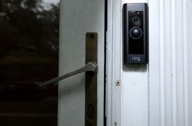 Ring Doorbell camera, Ring Cam, Kids use doorbell camera to send messages to dad, kids leave messages for dad with doorbell cam