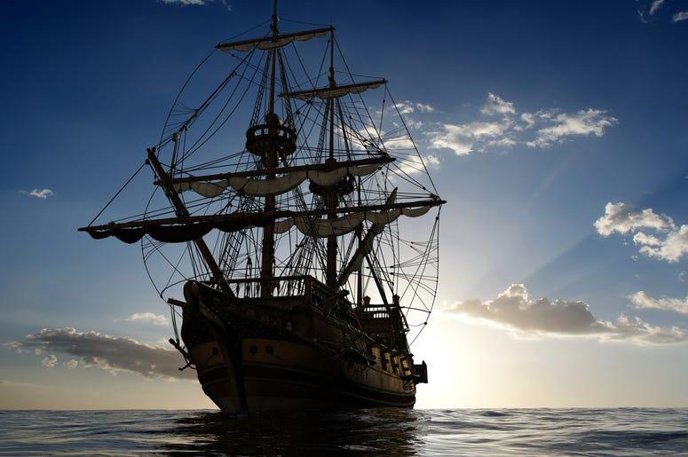 Pirate Ship Airbnb, rent pirate ship in Minneapolis