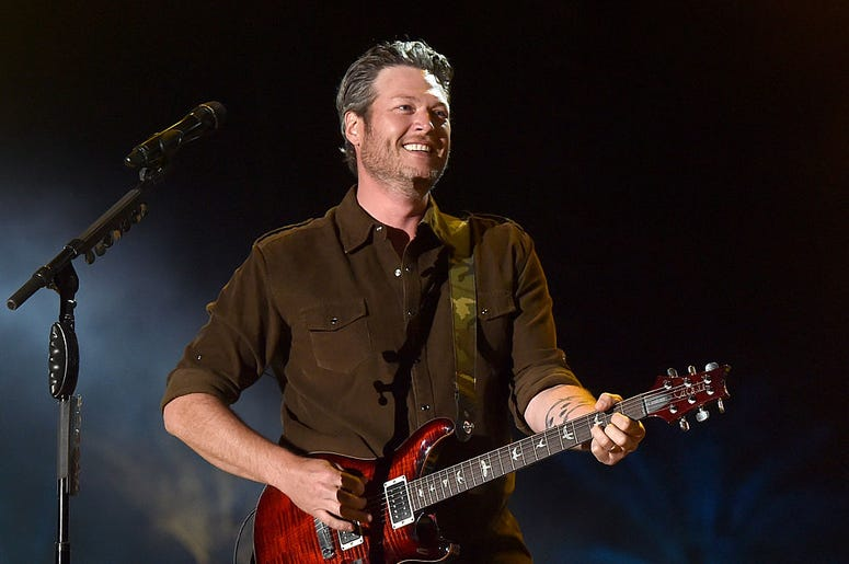 blake shelton, blake shelton encore drive-in nights, elko new-market drive in