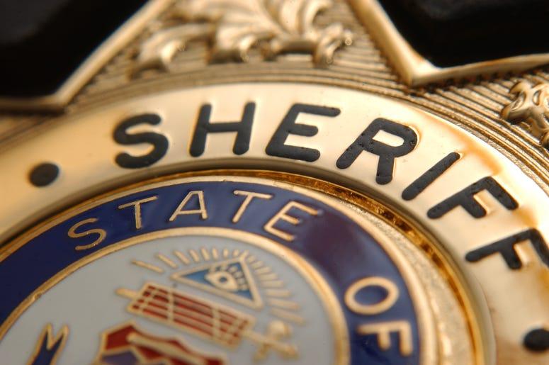 Dakota County Sheriff's Office, Dakota County, ain't no laws when drinking claws