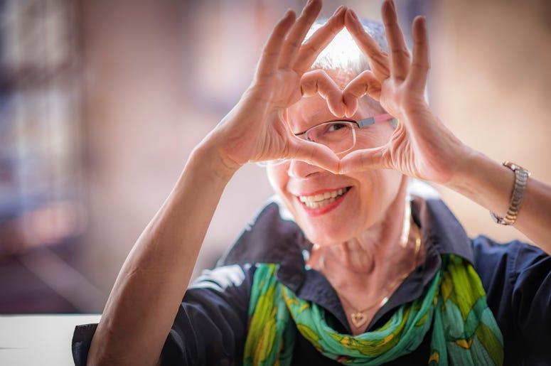 crest view senior community blaine, lip syncing seniors, heartwarming coronavirus videos
