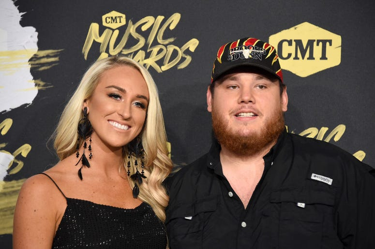 luke combs, luke combs married, luke combs wedding, luke combs nicole hocking