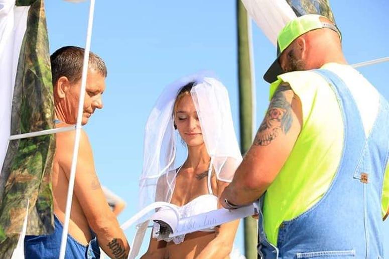 Redneck Couple Marries at Mud Park