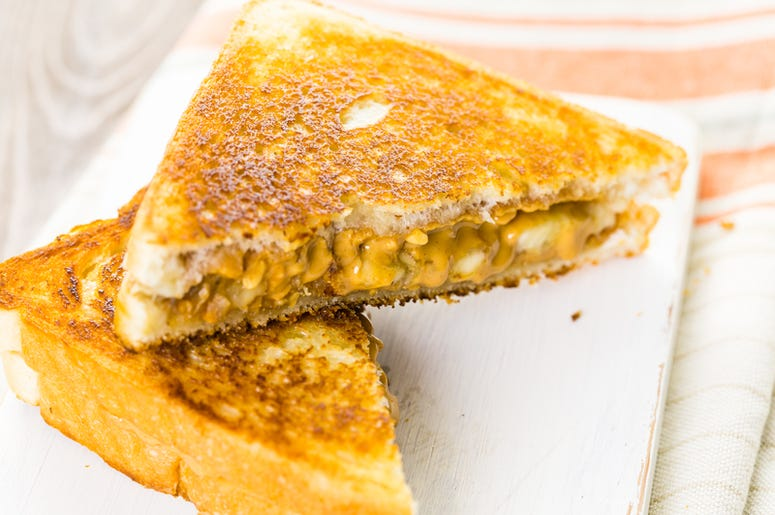 Peanut Butter And Bacon Sandwiches Are Coming To Target Field And We Re Already Waiting In Line 102 9 The Wolf