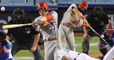 Jedd Gyorko and Matt Carpenter in back-to-back homers in 9th inning against Dodgers.