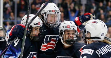 Team USA womens hockey
