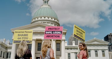 reproductive rights supporters outside old courthouse in St. Louis