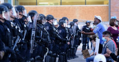 protest, ferguson, police