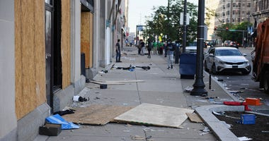 protest. looting, St. Louis