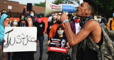 protest, florissant