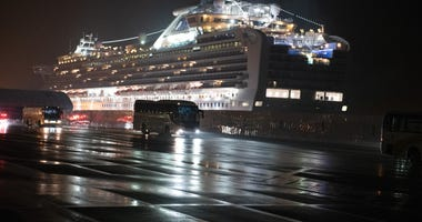 U.S Citizens Evacuated From Quarantined Cruise Ship In Japan