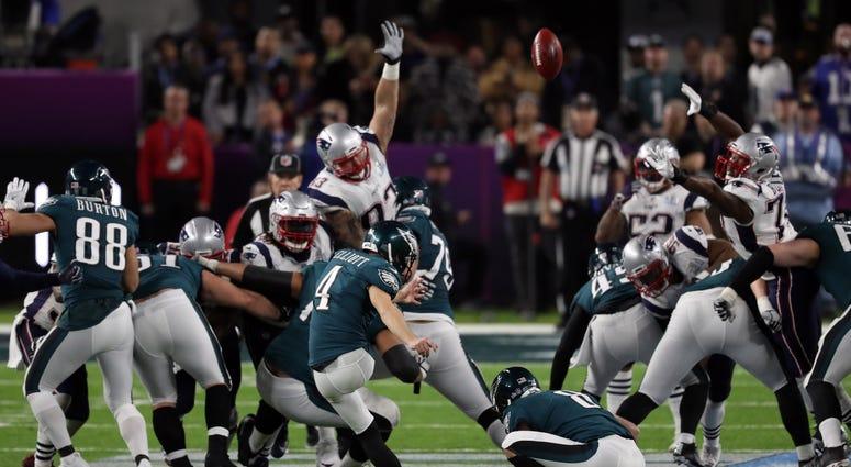 Philadelphia Eagles kicker Jake Elliott (4) makes a field goal during the fourth quarter in Super Bowl LII