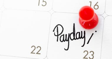 Pay day of the month on calendar page.