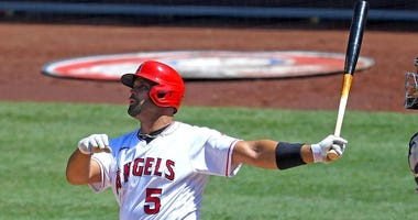 Albert Pujols is 1 HR away from Willie Mays but does anyone care?