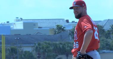 Bud Norris pitches a live bullpen during St. Louis Cardinals spring training
