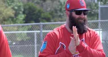 Jason Motte warms up at St. Louis Cardinals spring training