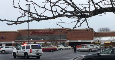 St. Louis police shoot carjacking suspect near Schnucks on Natural Bridge Ave.