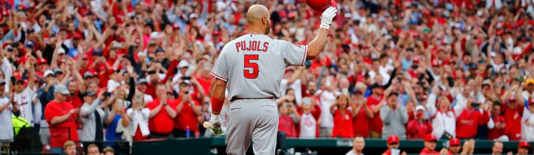 Pujols tips his cap to the great 'sports city' of St. Louis