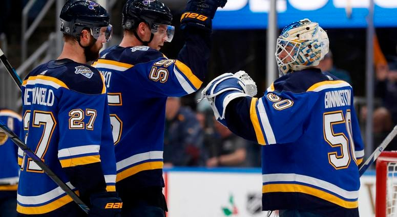 Blues beat Golden Knights 4-2