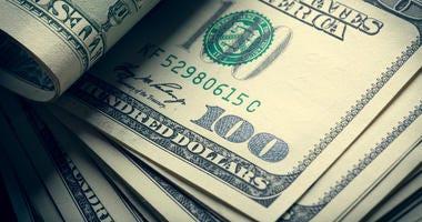 The money american hundred dollar bills