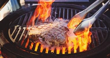 barbecue grill with steak