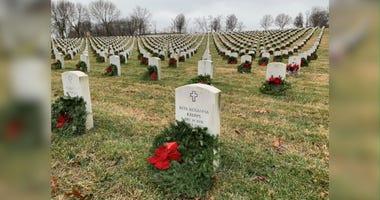 wreaths Jefferson Barracks cemetery