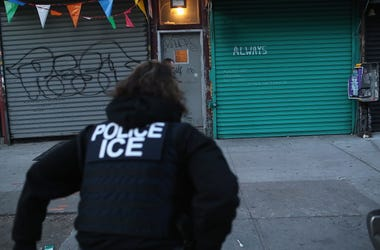 "Immigration and Customs Enforcement (ICE), officers look to arrest an undocumented immigrant during an operation in the Bushwick neighborhood of Brooklyn on April 11, 2018 in New York City. New York is considered a ""sanctuary city"" for undocumented immig"