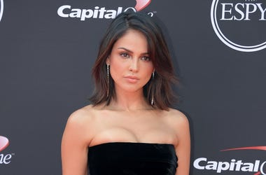 Mexican actress Eiza Gonzalez arrives for the 2018 ESPYS at Microsoft Theatre.