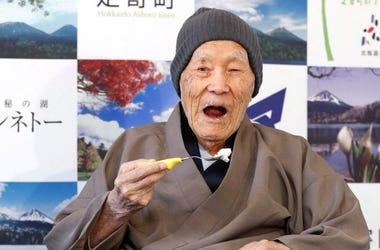 Japones Es El Anciano Mas Longevo Del Mundo