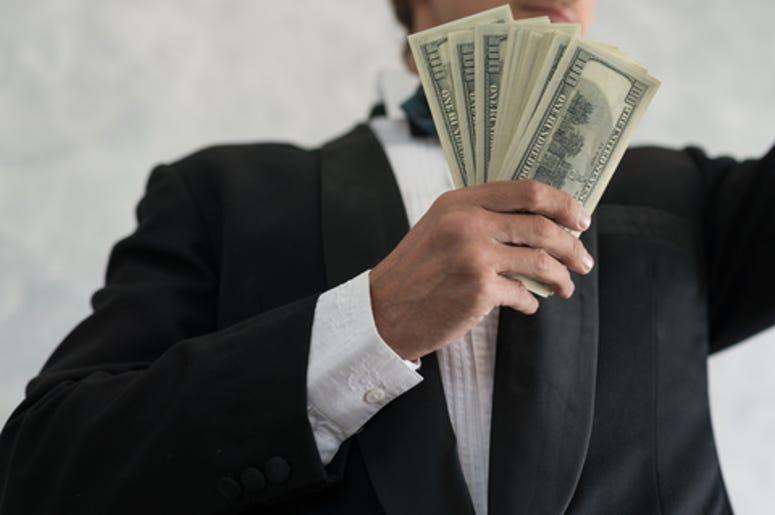 hombre millonario