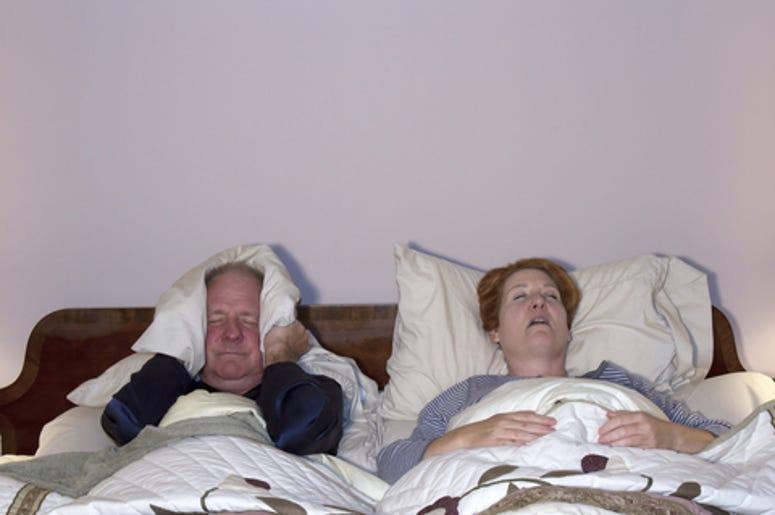 mujer roncando