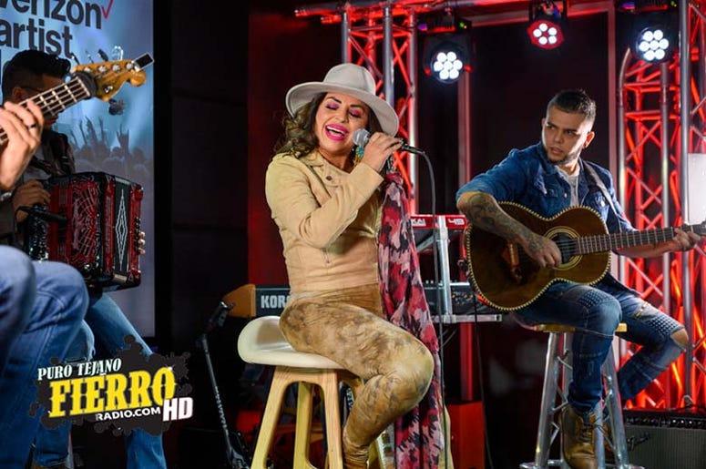 Elida Reyna (3)