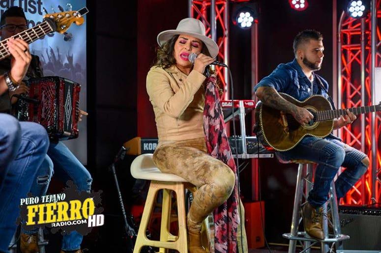 Elida Reyna (4).