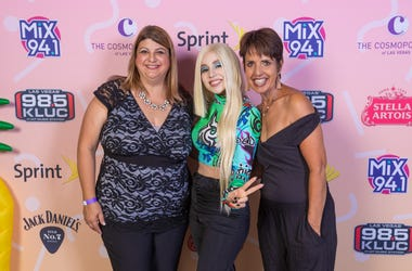 Meet And Greet Ava Max 4