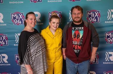 Mix 94.1, Mix 941, KMXB, Las Vegas, Vegas, 2019, Not So Silent Night 2019, Maddie Poppe, Music, Cosmopolitan of Las Vegas